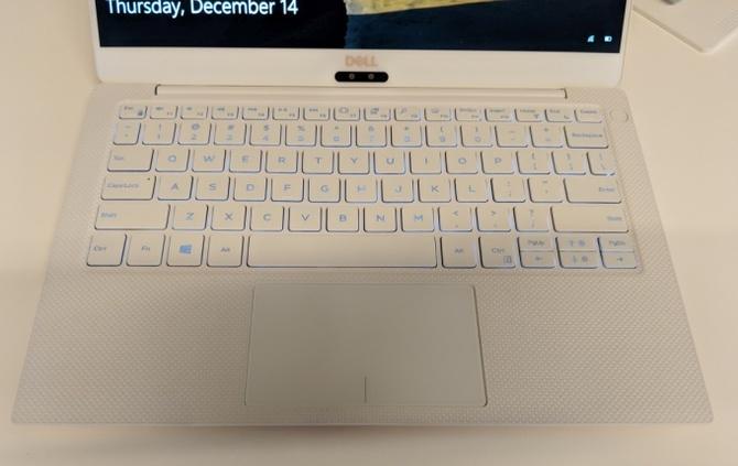 Dell oficjalnie prezentuje ultrabooka XPS 13 9370 [5]