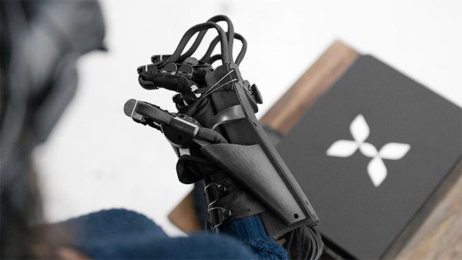 HaptX Glove pozwoli na rejestrowanie bodźców czuciowych w VR [3]