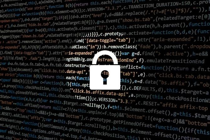 FBI, CIA i NSA ostrzegają przed smartfonami Huawei i ZTE [2]