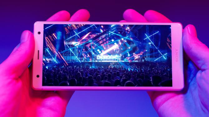 MWC 2018: Debiutują smartfony Sony Xperia XZ2 i XZ2 Compact [1]
