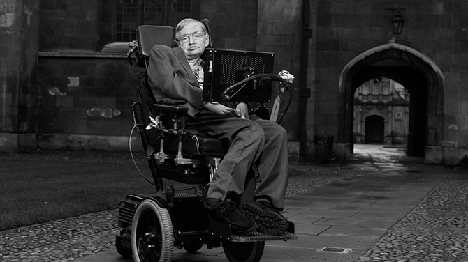 Genialny astrofizyk Stephen Hawking zmarł w wieku 76 lat [3]
