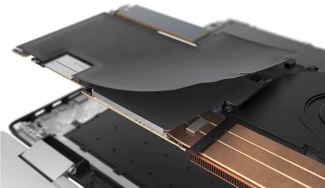 Dell XPS 15 (9575) - znamy cenę laptopa z Radeonem RX Vega M [2]