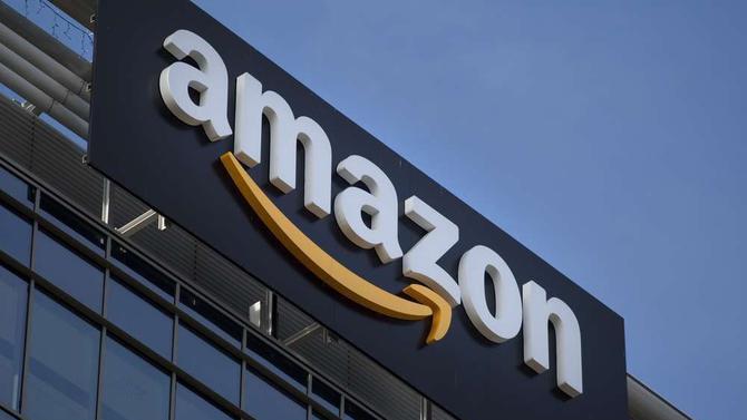 Prezydent USA Donald Trump, otwarcie taranuje Amazon [2]