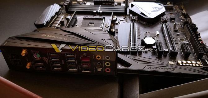 ASUS ROG Crosshair VII X470 Hero na pierwszych zdjęciach [3]