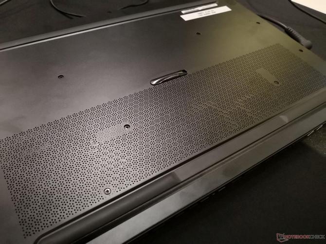 MSI GS65 Stealth Thin - stylowy laptop z Intel Core i7-8750H [7]
