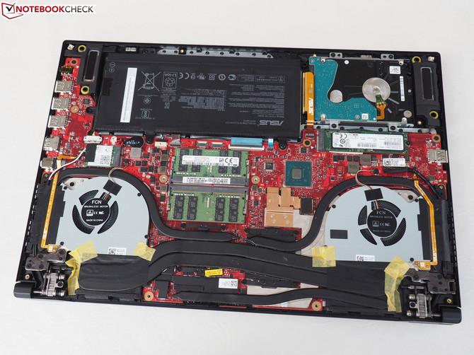 ASUS Zephyrus M (GM501) z Core i7-8750H i GeForce GTX 1070 [6]