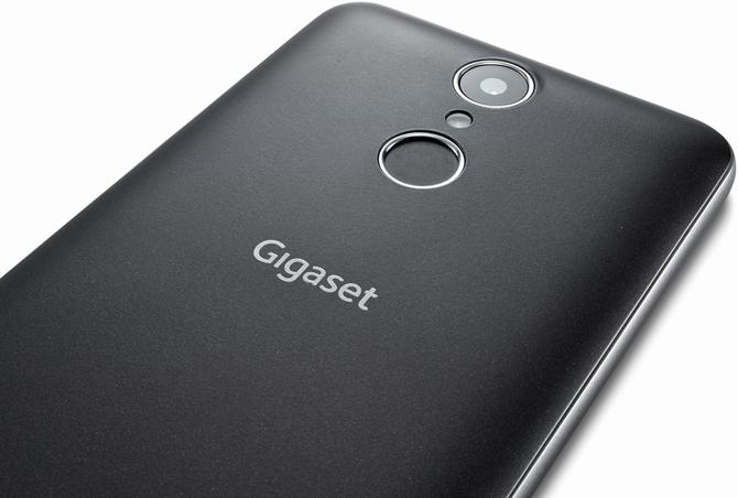 W Lidlu pojawi się smartfon Gigaset GS160 za 119 złotych [3]
