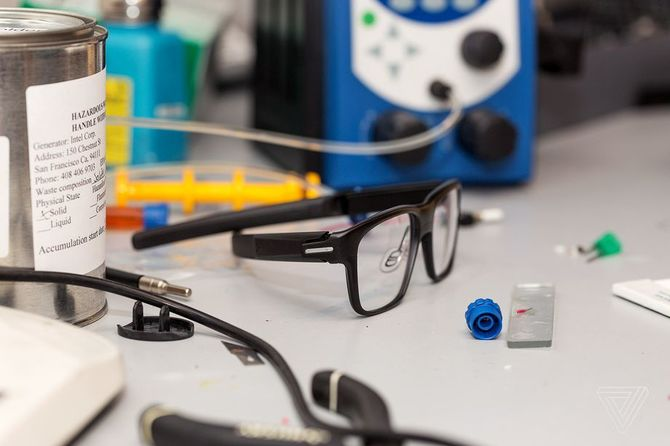 Intel Vaunt - Niebiescy rezygnują z inteligentnych okularów [2]