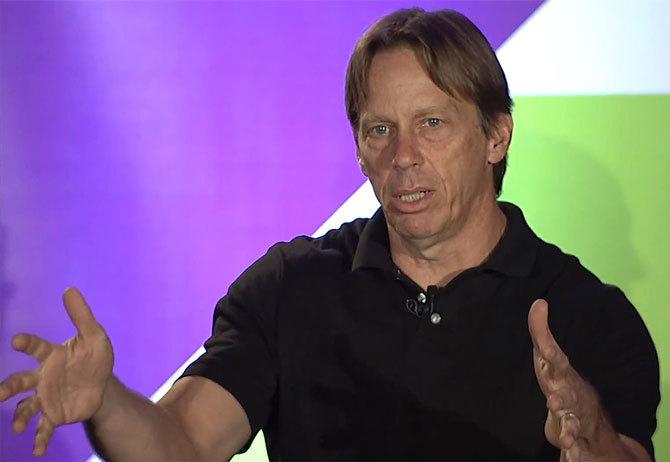 Legendarny inżynier AMD Jim Keller przechodzi do Intela [2]