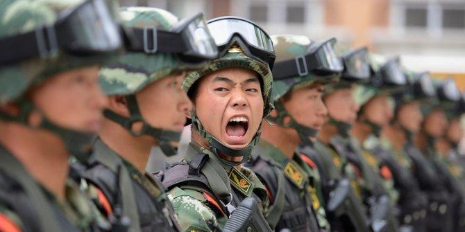 Chiny nadzorują fale mózgowe pracowników: nie tylko w wojsku [2]
