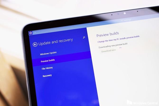 Windows 10 build 17666: ciemny motyw i schowek w chmurze [1]