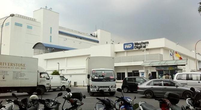 Western Digital zamyka fabrykę HDD. Przyszłość to SSD [2]