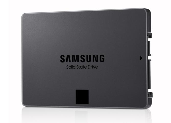 Samsung rozpoczyna masowa produkcję SSD z pamięciami QLC [2]