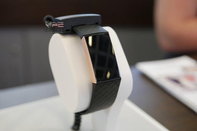 IFA 2018: obiecująca opaska Fitbit Charge 3 ujrzała światło dzienne [4]