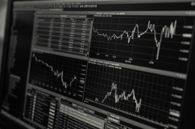 Akcje NVIDII tracą na wartości po premierze GeForce RTX 2000 [1]
