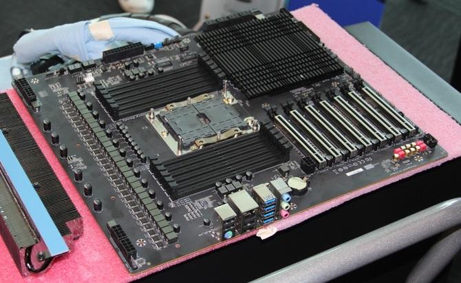 Intel z dwiema platformami HEDT? Chipsety Z399 i X599 w drodze [1]
