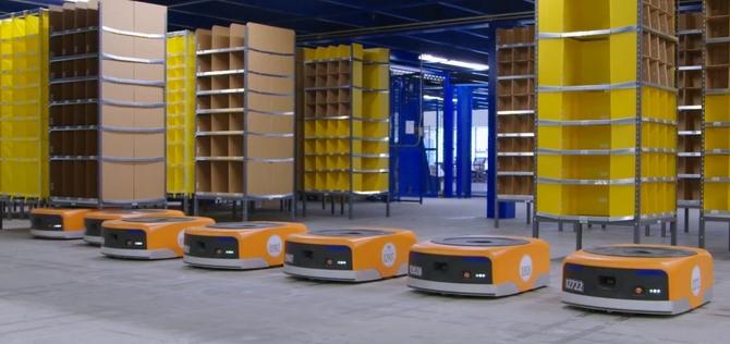 Amazon chwali się wydajnością robotów Kiva wyposażonych w AI [2]