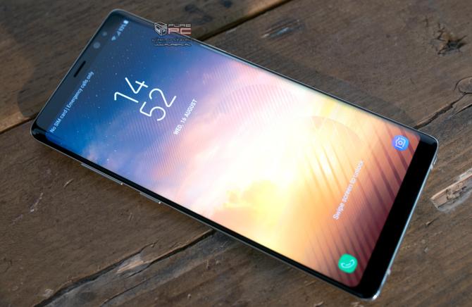 Samsung zapowiada smartfony z kośćmi UFS 3.0 i LPDDR5 [2]
