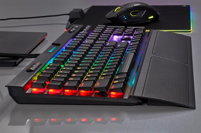 Corsair K70 RGB MK.2 z przełącznikami Cherry MX Low Profile [8]