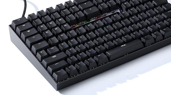 TYPI: wymyślona od nowa kompaktowa klawiatura z Cherry MX  [4]