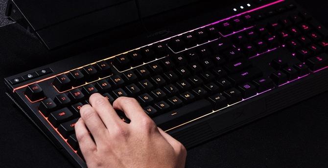 HyperX Alloy Core RGB: membranowa klawiatura z podświetleniem [4]