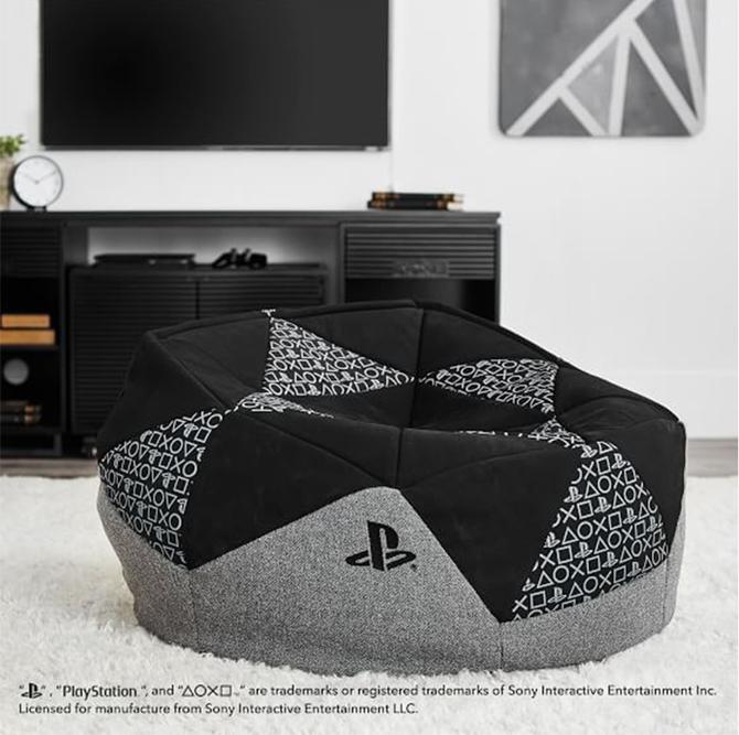 Oficjalne meble od PlayStation: dostępne półki, telewizory i stoliki [6]