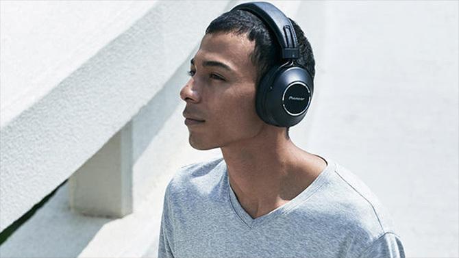 Pioneer S9: nowe słuchawki Bluetooth z NFC, ANC i Google Asistant [5]