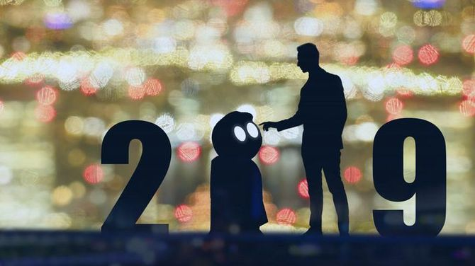 Forbes: co nowego przyniesie sztuczna inteligencja w 2019 roku [1]