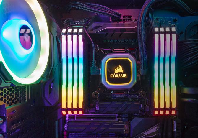 Corsair prezentuje zestawy atrap modułów RAM DDR4 z RGB LED [3]