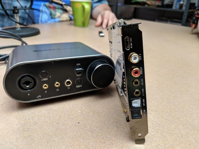 Creative Sound BlasterX AE-9 - karta dźwiękowa z wysokiej półki [1]