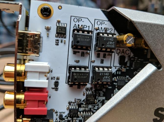 Creative Sound BlasterX AE-9 - karta dźwiękowa z wysokiej półki [2]