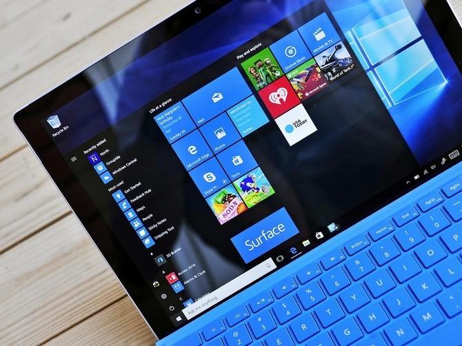 1100 euro odszkodowania za przymusową instalację Windows 10  [1]