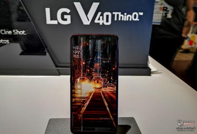 CES 2019: TV LG OLED Z9 8K oraz zwijany LG SIGNATURE OLED R [17]