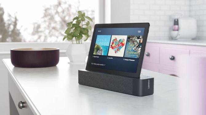 CES 2019: Lenovo Smart Tab M10 i P10 - tablety ze stacją dokującą [1]
