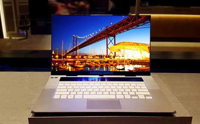 Samsung rozpocznie w lutym produkcję paneli OLED dla laptopów [1]