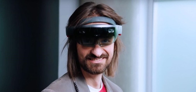 Microsoft zaprezentuje w tym miesiącu okulary HoloLens 2? [1]