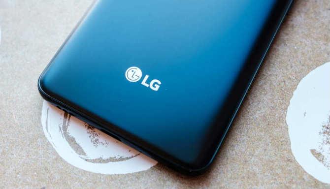 LG V50 ThinQ na pierwszych renderach. Obsługa 5G potwierdzona [2]