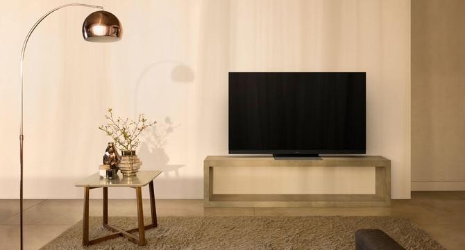 Panasonic ujawnił line-up telewizorów OLED i LCD na 2019 rok [1]