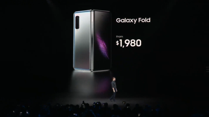 Samsung Galaxy Fold - składany smartfon za 2000 Euro!  [3]