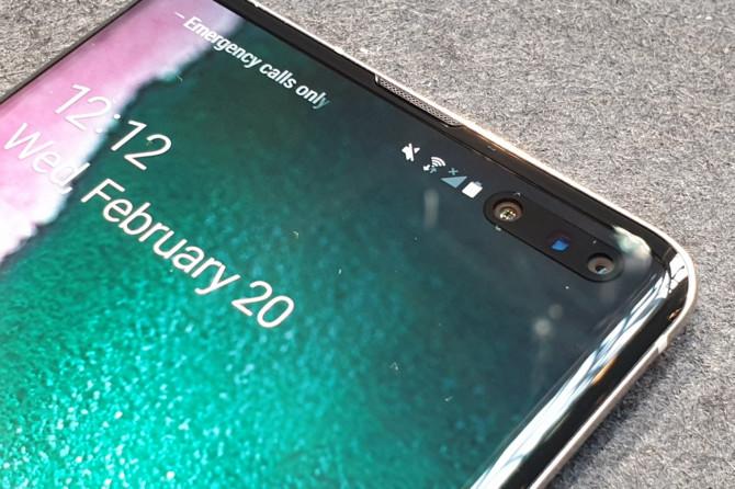 Samsung Galaxy S10 5G - flagowa wersja z poczwórnym aparatem [6]