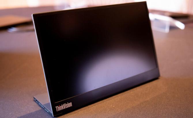 "MWC2019: Lenovo ThinkVision M14 - monitor FullHD 14"" z USB-C [3]"