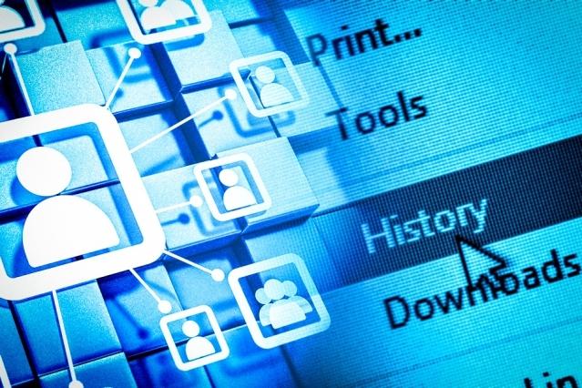 Media społecznościowe światowym centrum dystrybucji wirusów [1]