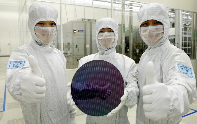 Ceny pamięci DRAM i NAND spadają szybciej niż oczekiwano [2]