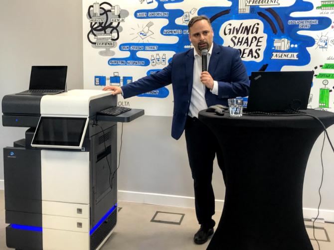 Konica Minolta zaprezentowała urządzenie Workplace Hub [1]