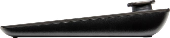 Corsair K83 Wireless - Salonowa klawiatura z grzybkiem i gładzikiem [3]