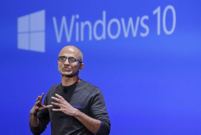Windows 10 zainstalowany na 800 mln aktywnych urządzeń [2]