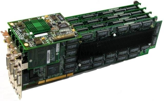 3DFX Voodoo2 - osiem akceleratorów 3D odpala grę Half-Life [3]