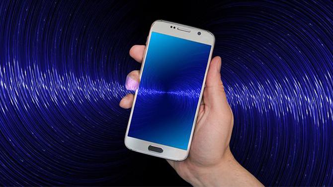 Raport naukowcow: słuchawki bezprzewodowe prowadzą do raka [4]