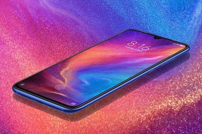 Xiaomi Mi 9 dostępny od 1899 zł. Konkurencja nie ma szans? [2]
