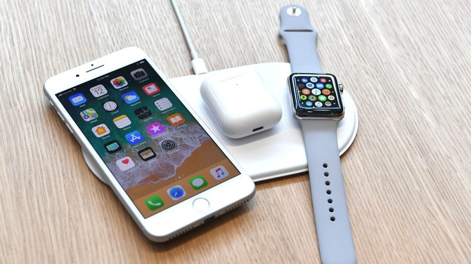 Ładowarka Apple AirPower anulowana, a AirPods nienaprawialne [3]